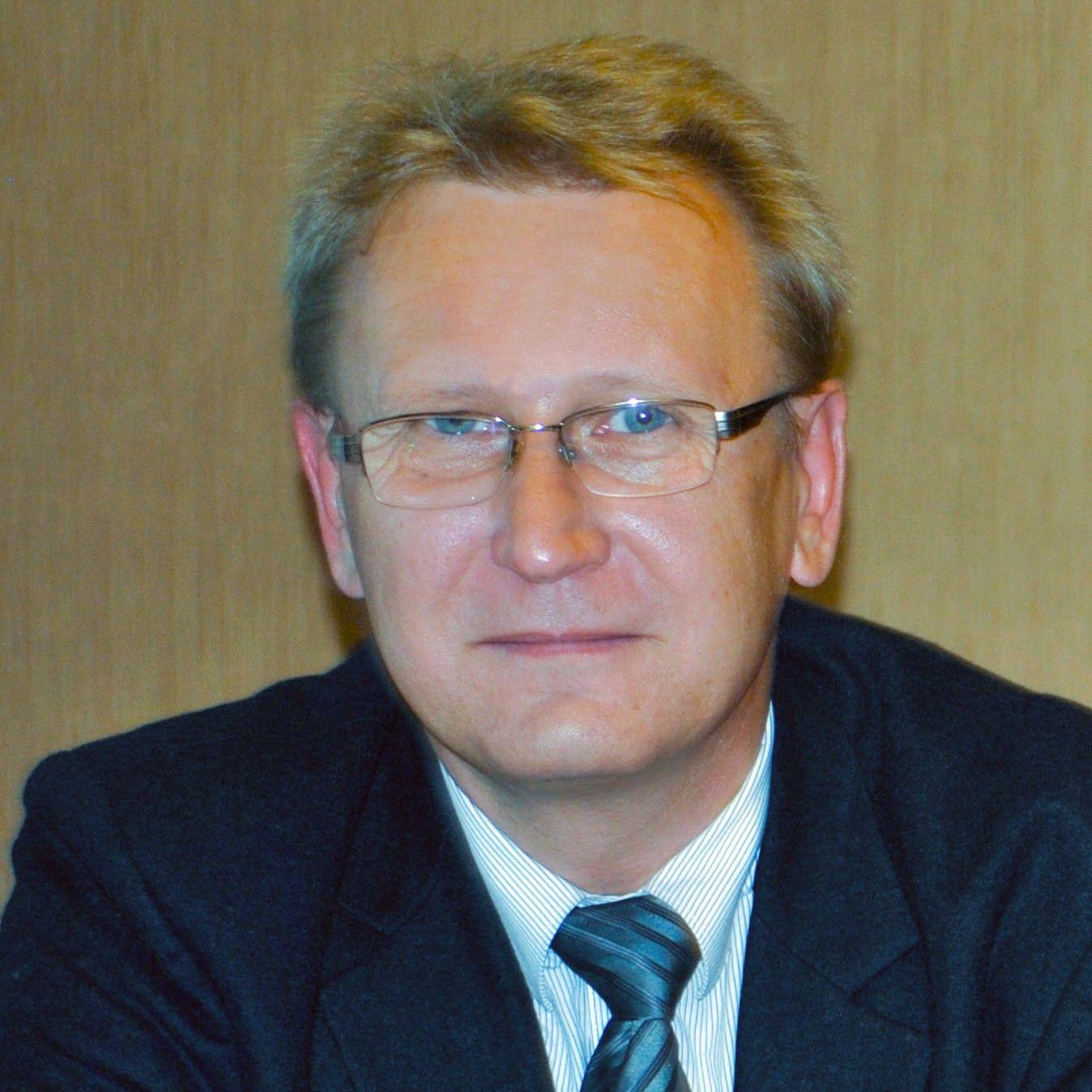 Marek H. Kotlarz